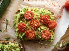 Jak przygotować kanapki z awokado? Avocado Toast, Tasty, Breakfast, Recipes, Food, Morning Coffee, Recipies, Essen, Meals