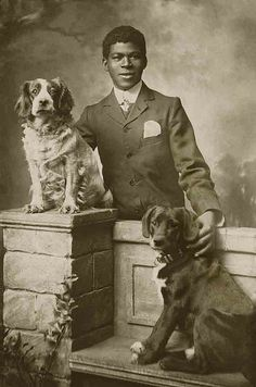 vintage everyday: Interesting Old Photographs of Dogs and Their Owners He is so handsome and the dogs so noble. A beautiful photo. Antique Photos, Vintage Pictures, Old Pictures, Gato Animal, Vintage Dog, Vintage Black, Old Dogs, Dog Photos, Vintage Photographs