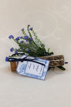 "Gastgeschenk Blumensamen ""Fleur"" - Gastgeschenk Blumensamen mit Anhänger. Place Cards, Place Card Holders, Guest Gifts"