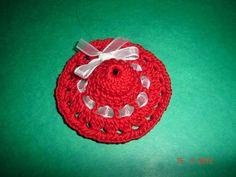Martisor crosetat handmade Crochet Earrings, Beanie, Handmade, Hand Made, Beanies, Handarbeit, Beret