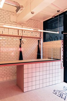 36 ideas for design cafe restaurant subway tiles Bakery Design, Cafe Design, Restaurant Design, Store Design, Commercial Design, Commercial Interiors, Mr Holmes Bakehouse, Neon Led, Places