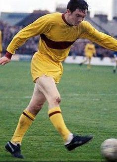 Joe Wark of Motherwell in action in Motherwell Fc, Retro Football, World History, Kicks, Running, Sports, 1970s, Legends, Clock