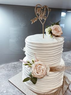 #hochzeitstorte #weddingcakedesigns #cake #pampas #flowers #bohostyle #boho Wedding Cake Designs, Instagram Accounts, Boho Fashion, Cakes, Photo And Video, Flowers, Wedding Cakes, Kuchen, Bohemian Fashion