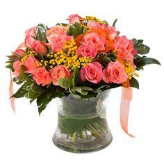 זר פרחים ליום הולדת Glass Vase, Table Decorations, Flowers, Home Decor, Decoration Home, Room Decor, Florals, Interior Design, Home Interiors