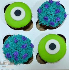 monsters inc cupcakes - Bing Images Monsters Inc Cupcakes, Sully Cake, Cute Cupcakes, Themed Cupcakes, Birthday Cupcakes, Monster University Birthday, Indian Cake, Monster Inc Party, Food Cakes