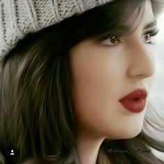 Beautiful actress and celebrity Katrina Kaif Hot Pics, Katrina Kaif Images, Katrina Kaif Photo, Beautiful Bollywood Actress, Most Beautiful Indian Actress, Beautiful Actresses, Stylish Dpz, Stylish Girl, Indian Celebrities