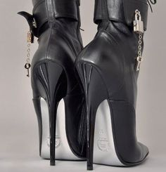 Untitled High Heel Boots, Heeled Boots, Shoe Boots, Black Stiletto Heels, Cute Sandals, Black High Heels, Crazy Shoes, Over The Knee Boots, Leather Boots