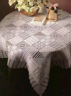 """TABLECLOTH LOIN """"PATCHWORK""""."""