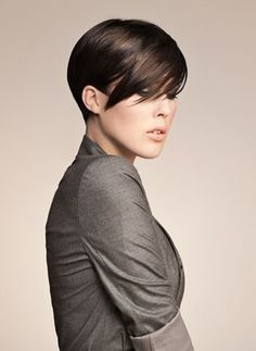 short haircut for fine straight hair.