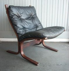 in this Mid-Century Modern leather lounge chair by Westnofa at Killer Junk Studios