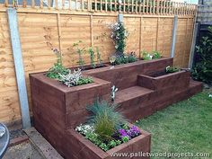 Within the categories of garden, you can come across wonderful types. DIY raised garden beds are gaining popularity and more and more people want to have these kinds of gardens. This concept focuses on having a garden in suspended beds… Continue Reading → Raised Flower Beds, Raised Garden Beds, Raised Planter, Pallet Raised Garden Ideas, Bamboo Planter, Raised Gardens, Outdoor Garden Decor, Diy Garden Seating, Garden Seats