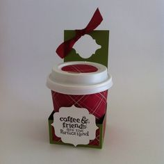 Coffee Cup single holder tutorial Stampin' Up! Mini Coffee Cups, Coffee Cup Holder, Cup Holders, Coffee Cup Crafts, Berry, Christmas Craft Fair, Coffee Cards, Treat Holder, Scrapbook Paper Crafts