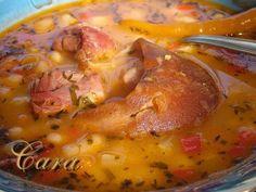 Romanian Food, Lebanese Recipes, Cheeseburger Chowder, Pork, Meals, Chicken, Cooking, Anna, Romanian Recipes