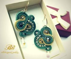 Long, elegant earrings made with green and golden soutache braids, swarovsky teardrop.