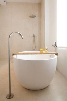 Japanese Bathtub Master Bathroom Interior Design (23) - Decomagz