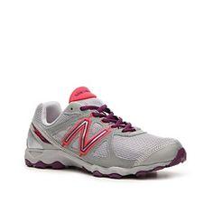 New Balance 520 Sneaker - Womens