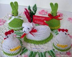 U Kathryn : marca 2011 Crochet Birds, Crochet Toys, Crochet Christmas Trees, Christmas Ornaments, Holiday Crochet Patterns, Crochet Chicken, Crochet Embellishments, Diy Ostern, Tatting Patterns
