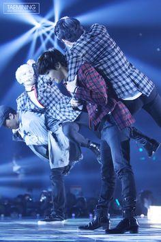 Taemin, Key, and Jonghyun (SHINee) @ Melon Music Award 13.11.14 ~ Source : http://taemining.com/