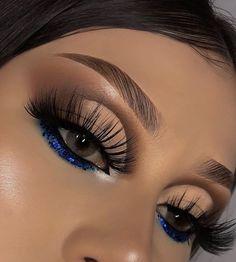 Smoke Eye Makeup, Eye Makeup Art, Eyeshadow Makeup, Eyeliner, Glitter Makeup Looks, Silver Eye Makeup, Makeup Eye Looks, Dope Makeup, Baddie Makeup