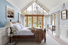 The Old Vicarage - Traditional - Bedroom - Brisbane - by Keeley Green Interior Design Green Interior Design, Boutique Interior Design, Interior Design Services, Interior Paint, Duplex Design, House Design, Paint Themes, Traditional Bedroom, Living Room Inspiration
