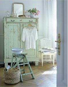 armoire-chambre-couleur-vert-d-eau