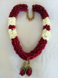 Best last bell cars decorations 55 ideas Wedding Car Decorations, Stage Decorations, Wedding Themes, Flower Decorations, Wedding Cards, Indian Wedding Bride, Wedding Mandap, South Indian Weddings, South Asian Wedding