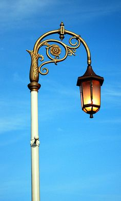 lamp post with thistle motif, Edinburgh, Scotland Lantern Post, Lantern Lamp, Candle Lanterns, Gas Lights, City Lights, Street Lights, Beautiful Streets, Street Lamp, Outdoor Lighting