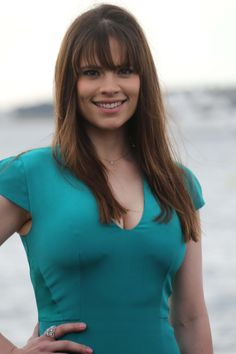 Talent and Beauty aside what is it that seems as though the new breed of Actor hails from England or Canada? Here's an example wearing Bangs, the very talented Hayley Atwell