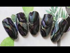 【Watch nail#945】Personalized Laser Shell-Shaped Nail Art【窝趣美甲推荐-945期】个性镭射 手绘贝壳纸款 - YouTube