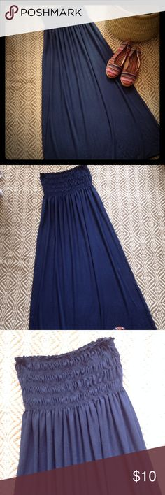 Strapless Maxi Dress Long Maxi navy blue Maxi dress with a gathered elastic bandeau top. Espresso Dresses Maxi