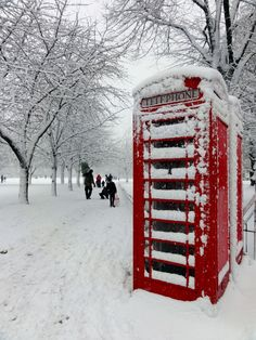London, England. // Repin. // Location and artist not given, but shows a public phone box in winter. // Found by @RandomMagicTour     (http://tinyurl.com/7c3hqej) - Sasha Soren - Book trailer: http://tinyurl.com/yl26xwa