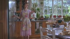 Stepford Wives (remake) love the counter Die Frauen Von Stepford, Wife Movies, Vintage Housewife, Domestic Goddess, Perfect World, Aesthetic Rooms, Vintage Magazines, Country Decor, Vintage Kitchen