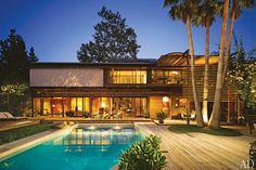 Gorgeous celebrity pools demi moore ashton kutcher