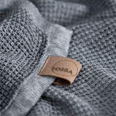 BEELDSTEIL.com Stylish Coisa Shawl | My favourite way to stay warm this winter #fashion #coisa #shawl