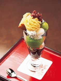 Japanese parfait with matcha and brown sugar syrup 黒蜜シフォンパフェ