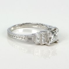 Emerald Cut Diamond Rings | diamond-engagement-es318-2.jpg