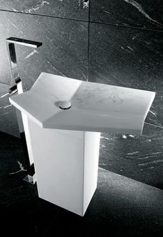 Not sure I like this, but innovative concept. I CONCI | Piega sink