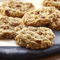 This special oatmeal #cookie has the wonderful flavor of pralines from #pecans, brown sugar and toffee bits. #recipe #baking