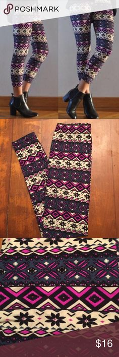 Funky Hipster Holiday Skinny Leggings! Soft&Comfy! Funky Hipster Holiday Skinny Leggings! You will love the gorgeous trendy boho patterns and colors! Materials: Cotton/Polyester Size: S/M Pants Leggings