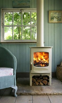 Wood burner by Charnwood Cute fireplace! Stove Fireplace, Fireplace Stone, Log Burner, Home And Deco, Cabins In The Woods, Cottage Style, My Dream Home, Beach House, Small Spaces