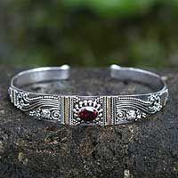 Garnet bracelet, 'Paradise' by NOVICA