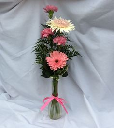 Send flowers directly from a real local florist. Fresh flowers, same-day delivery. Send Flowers, Fresh Flowers, Face Brightening, Local Florist, Flower Delivery, Flower Designs, Flower Arrangements, Gifts, Color