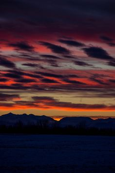 Sunset over the mountains by poormommy.