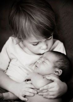 sibling newborn photo   by Lori Allen photography ~ Thinking Megan Miller might like this or inspiration :)