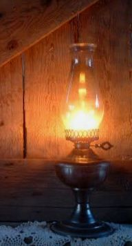 I found the oil lamp to be an important aspect of the script because it .I found the oil lamp to be an important aspect of the script because it scares the grandfather to feel Living Simple Life, Antique Oil Lamps, Photo D Art, Kerosene Lamp, Candle Lanterns, Cabins In The Woods, Light Up, Soft Light, Still Life
