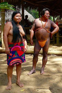 колоритная парочка    Panama - Chagres Park - Embera Puru Indianen by Rita Willaert, via Flickr