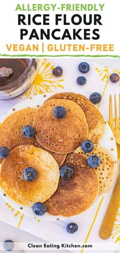 This 3-Ingredient Rice Flour Pancakes recipe is gluten-free, vegan, and perfect for an allergy-friendly breakfast. Serve them with syrup and berries. This recipe is great for kids! Quick Vegan Meals, Vegan Recipes Easy, Raw Food Recipes, Cooking Recipes, Free Recipes, Vegetarian Breakfast Casserole, Vegan Breakfast Recipes, Brunch Recipes, No Flour Pancakes
