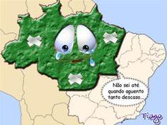 """Descrição da charge: A charge apresenta um mapa do Brasil no qual uma área localizada ao norte, colorida na cor verde, está representada como um rosto triste, q chora por estar machucado (visto q  está com alguns curativos, que representam a retirada da área verde, a floresta).  Na imagem, este rosto entristecido diz: """"Não sei até quando aguento tanto descaso..."""". Ele mostra, portanto, q a falta de cuidados é o q provoca tamanho descontentamento. A cor verde simboliza a Floresta Amazônica…"""