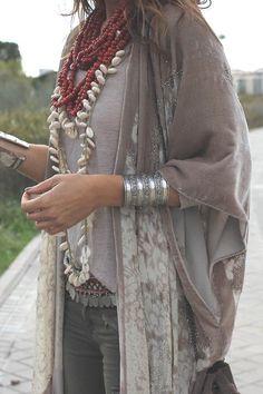 Fashion bohemian jewelry http://www.justtrendygirls.com/bohemian-fashion-jewelry/