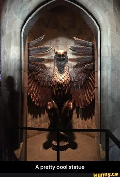 A pretty cool statue - A pretty cool statue - iFunny :) Harry Potter Memes, Ravenclaw, Fantastic Beasts, Pretty Cool, Popular Memes, Candle Sconces, Give It To Me, Lion Sculpture, Orlando Disney
